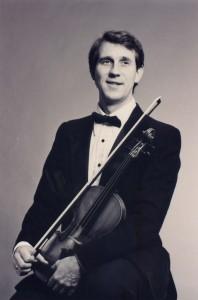 Dennis_Spring_Violinist